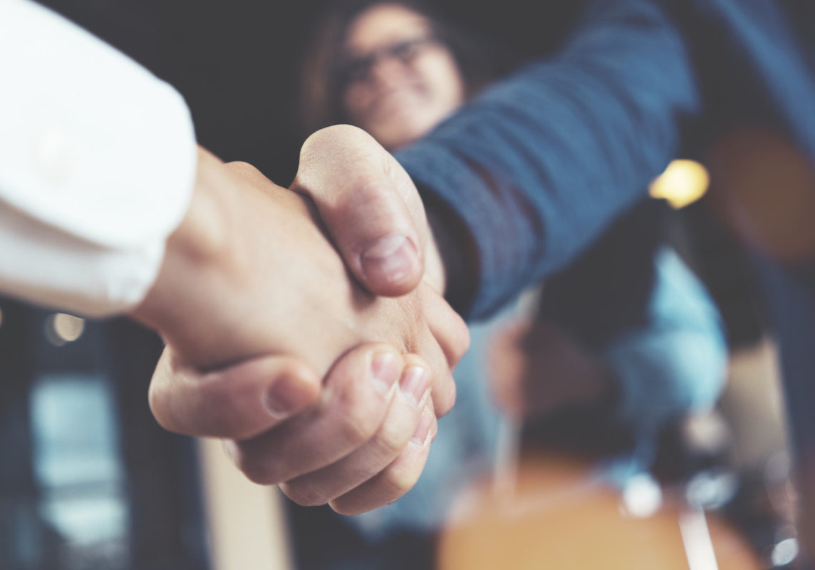 Landlord and Tenant Litigation Handshake